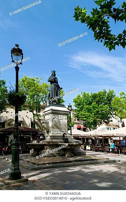 Place Saint Louis,Aigues-Mortes, Gard, Languedoc-Roussillon, France