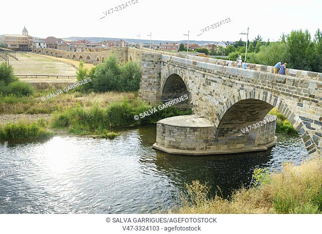 Órbigo Bridge, Leon, Castilla y Leon, Spain