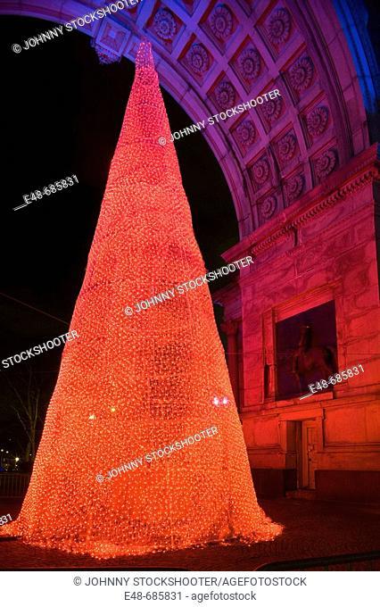 Christmas memorial arch  Grand army plaza  Brooklyn . New York. USA