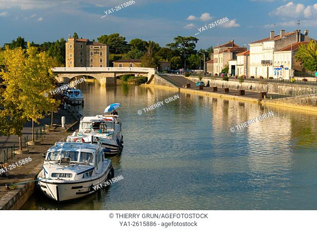 France, Gers (32), Town of Condom, river port on La Baise river