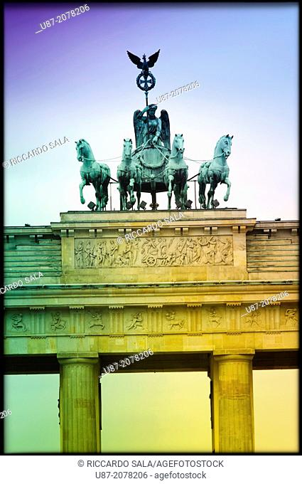 Germany, Berlin, Pariser Platz Square, Brandenburg Gate