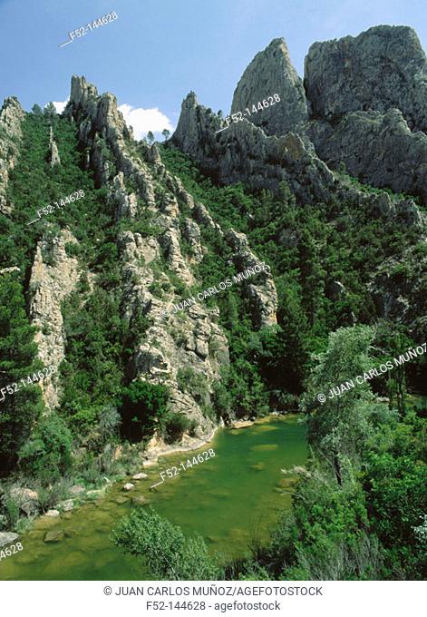 'Los Cuchillos' and Cabriel River. Cuenca province. Castilla-La Mancha, Spain