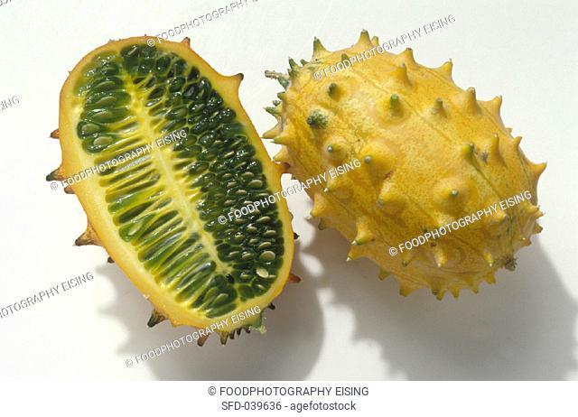Jelly melon, cut open