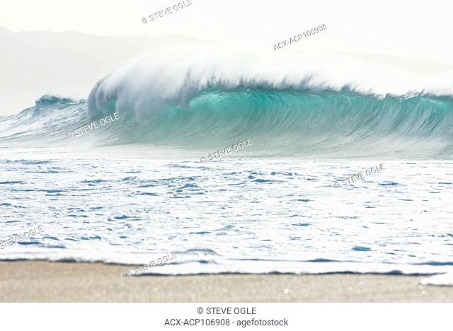Pipeline, the famous wave on the north shore of Oahu, Hawaii