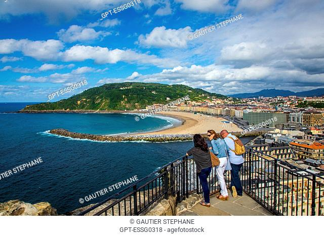 ZURRIOLA BEACH, THE KURSAAL CUBES, THE CONVENTION CENTER AND MOUNT ULIA, SAN SEBASTIAN, DONOSTIA, BASQUE COUNTRY, SPAIN