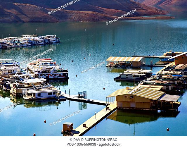 Houseboats and Pier in Lake