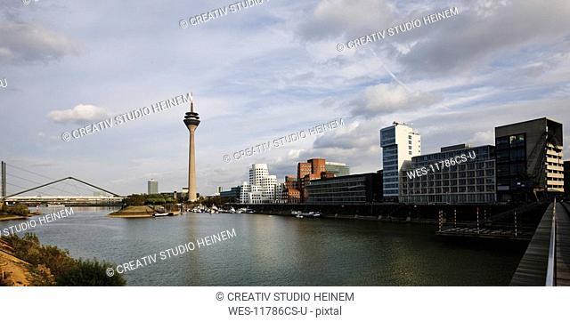 Germany, North Rhine-Westphalia, D¸sseldorf, Media harbour