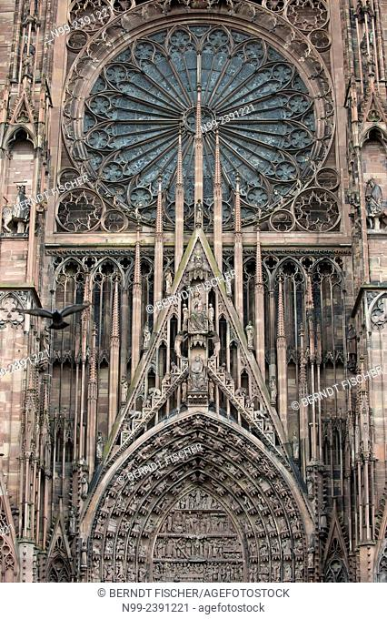 Strasbourg, cathedral, gothic style, rosette and tympanum above main portal, Alsace, France