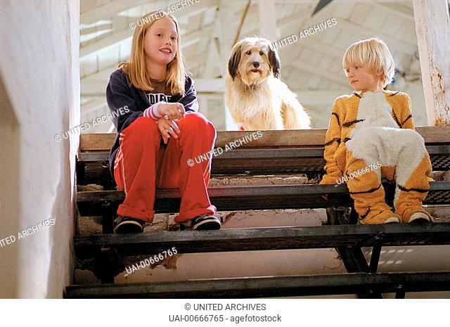 Felicia (CAROLYN PREIN), Hund Sergeant Pepper und Felix (NEAL LENNART THOMAS) Film, Fernsehen, Kino, Kinderfilm, Kinder, Hund Regie: Sandra Nettelbeck /...