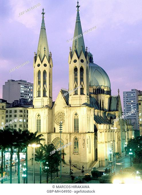 Sé Cathedral, Sé Square, Downtown, Sao Paulo, Brazil