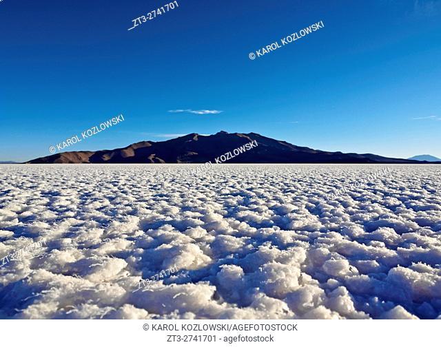 Bolivia, Potosi Department, Daniel Campos Province, View of the Salar de Uyuni, the largest salt flat in the world