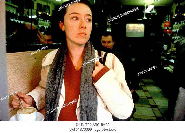 Wonderland, Wonderland, Wonderland, Wonderland, Molly Parker *** Local Caption *** 1999