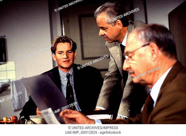 DER ALTE: ' Die Übermacht', D 1993, Regie: Günther Gräwert, PHILIPP MOOG, MICHAEL ANDE, ROLF SCHIMPF