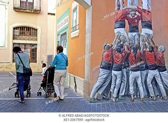 Mural painting, Germans Ramon i Vidales square, El Vendrell, Catalonia, Spain