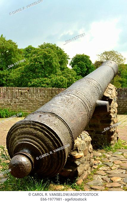 cannon in parapet of the old city wall in Maastricht
