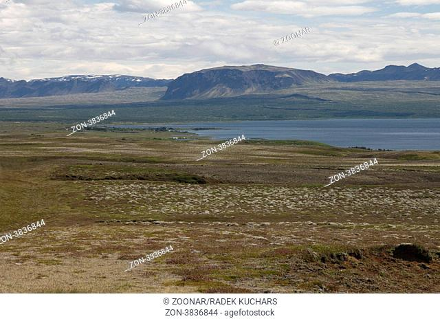 Þingvallavatn Thingvallavatn lake, rift valley marking the boundary zone between the North American and the Euroasian tectonic plates