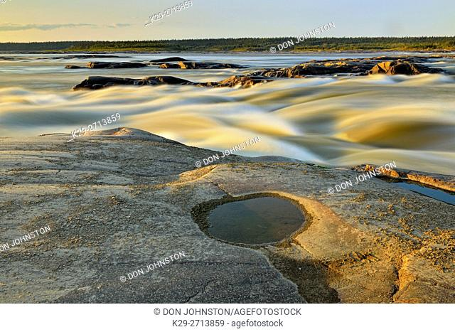 Slave River shoreline near the Rapids of the Drowned, Fort Smith, Northwest Territories, Canada