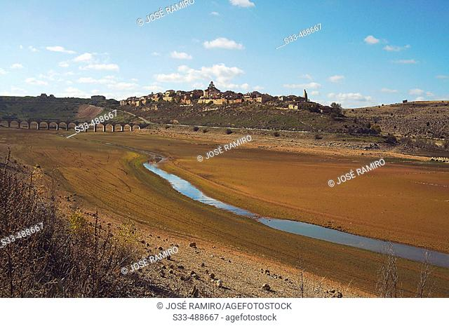 Linares reservoir, Riaza river. Maderuelo. Segovia province, Castilla y Leon. Spain