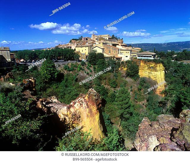 Roussillon Village, Provence, France