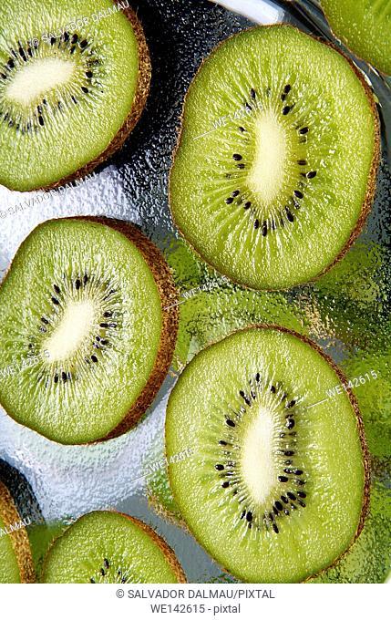 photography studio,creative fruit,kiwi fruit, location girona,catalonia,spain,europe,