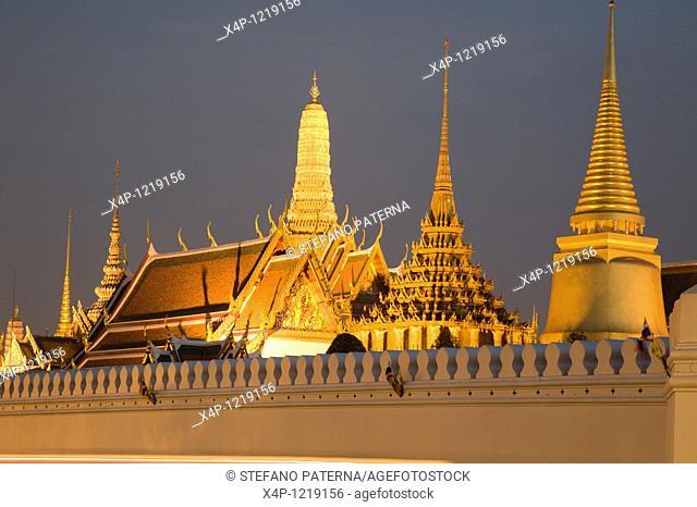 Wat Phra Kaeo Temple of the Smaragd-Buddha, Wat Phra Sri Rattana Satsadaram, Bangkok. Thailand