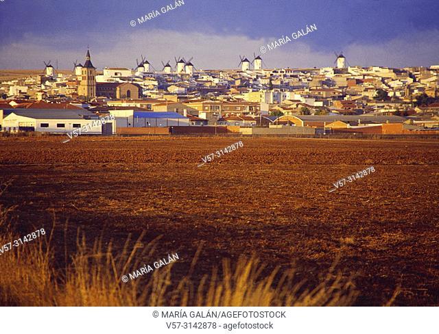 Overview. Campo de Criptana, Ciudad Real province, Castilla La Mancha, Spain