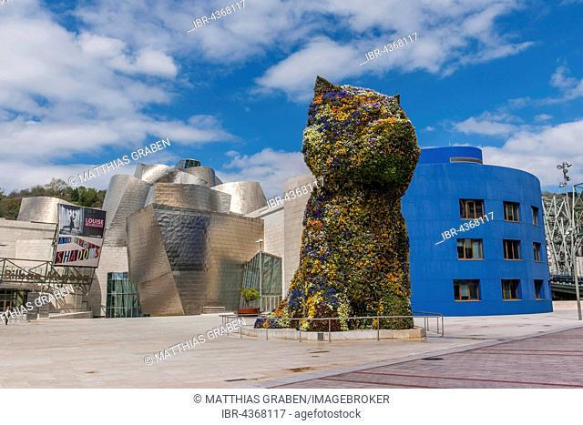 Sculpture Puppy by Jeff Koons in front Guggenheim Museum Bilbao, Bilbao, Basque Country, Spain