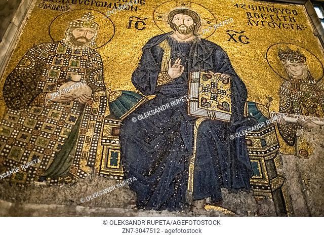 The Empress Zoe mosaic, Christ with Constantine IX Monomachus and Empress Zoe, Hagia Sophia, Istanbul, Turkey