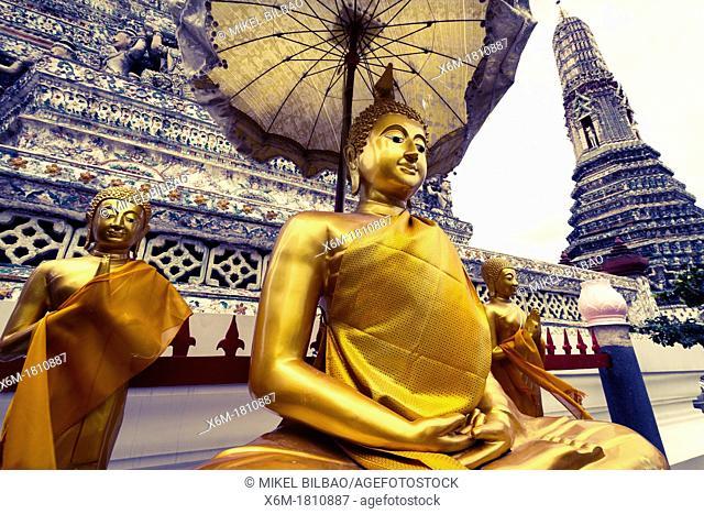 Buddha statue  Wat Arun Rajwararam or Temple of the Dawn  Bangkok, Thailand