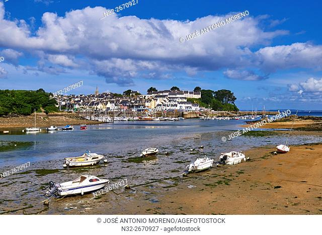 Douarnenez, Port and boats, Finisterre, Bretagne, Brittany, Quimper distict, France