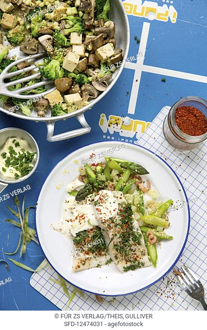 Herb cod with quinoa and green asparagus