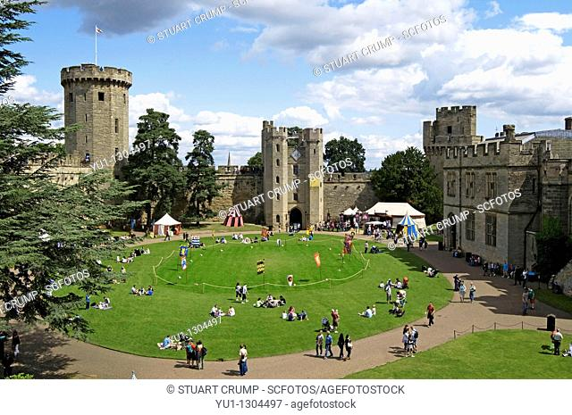 Inner Courtyard, Guy's Tower and Gatehouse at Medieval Warwick Castle, Warwickshire, England, UK