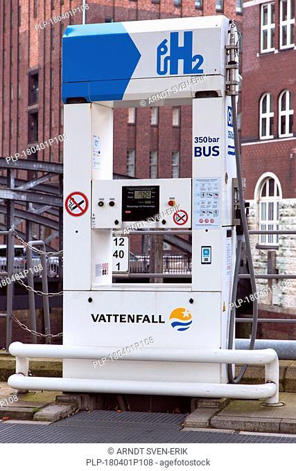 Hamburg Hydrogen Filling Station / Vattenfall Hafencity hydrogen station, Germany