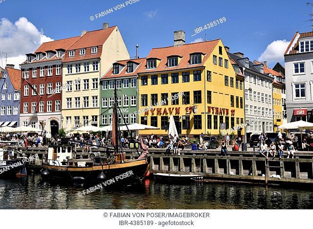 Colorful houses at canal, Nyhavn, Copenhagen, Denmark
