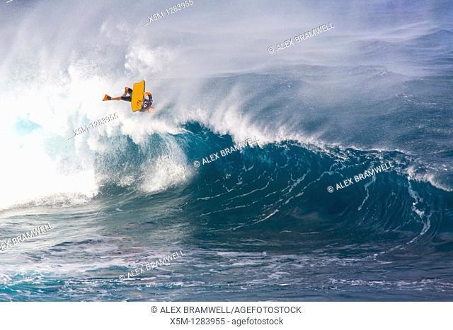 El Fronton wave during the IBA El Fronton Invitational on Gran Canaria