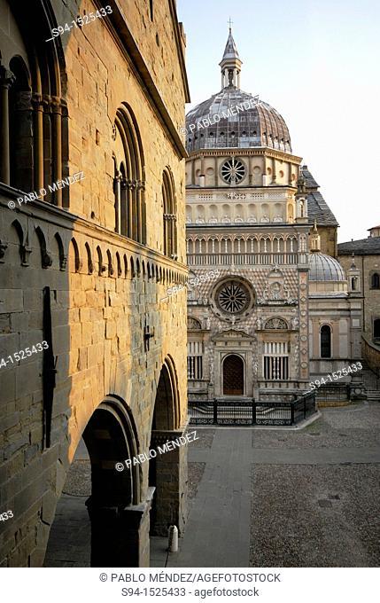 Square 'Piazza Duomo': Cappella Colleoni and Palace of Ragione, Bergamo, Lombardy, Italy