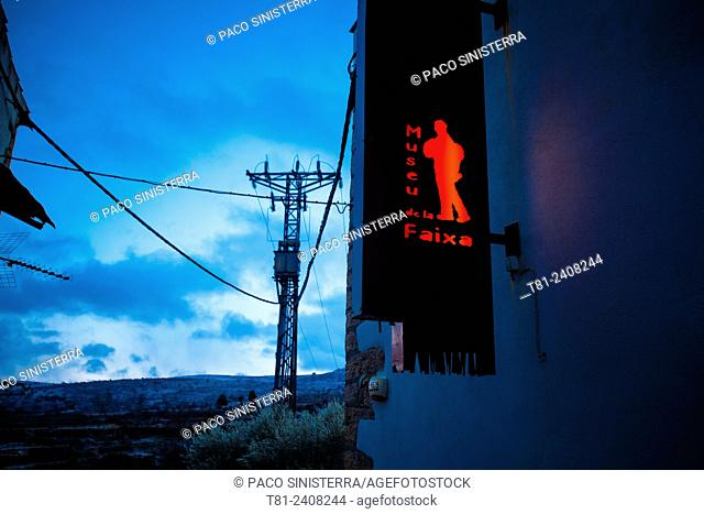 poster museum and tended electric