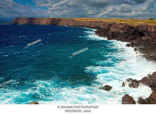 Stunning view of the ocean from the southernmost point of Hawaii and the United States