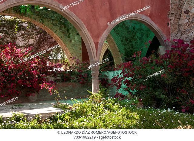 Scenes from Hacienda Gogorrón, San Luis Potosí, México