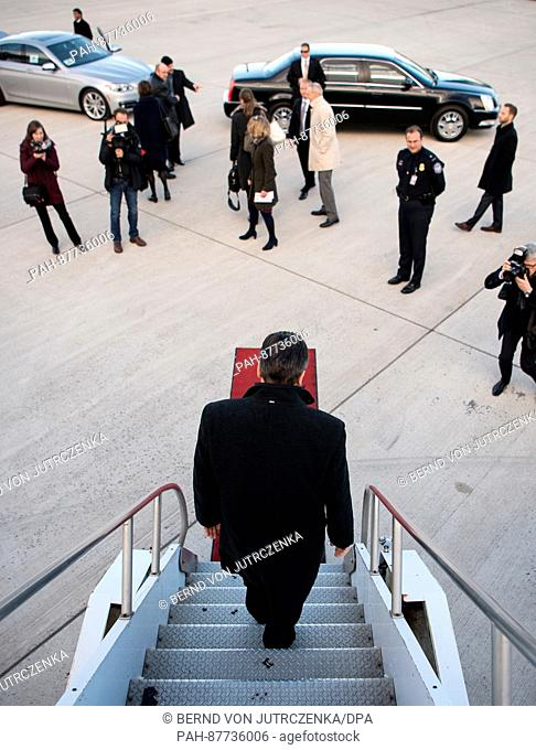 German Foreign Minister Sigmar Gabriel (SPD) arriving at the airport after landing in Washington, US, 02 February 2017. The new German Foreign Minister has...