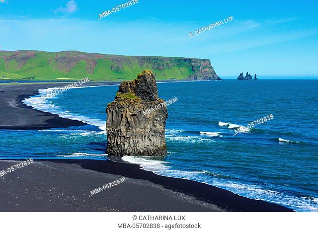 Iceland, Dyrholaey, in the background the pointed rock needles Reynisdrangar