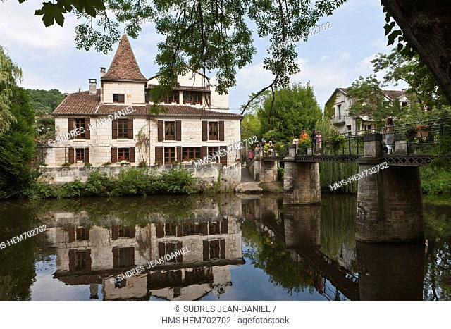 France, Dordogne, Brantome, old house on the banks of the Dronne