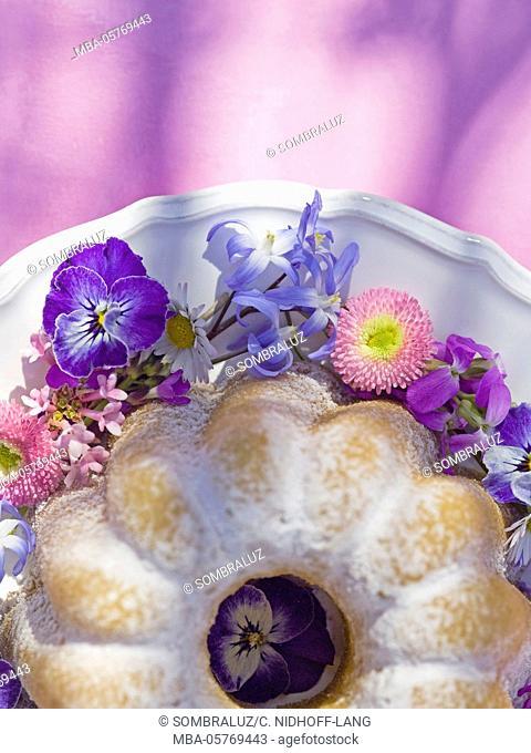 Gugelhupf (cake) from above, detail