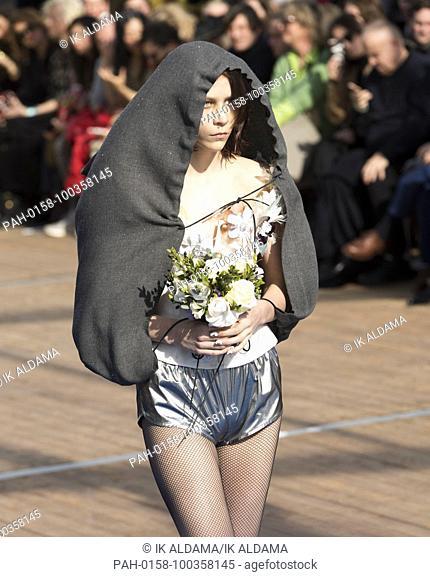 VIVIENNE WESTWOOD 'Äãrunway show during Paris Fashion Week, Pret-a-Porter Autumn Winter 2018 - 2019 collection - Paris, France 03/03/2018