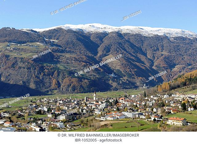 View from the hill of Tartsch towards Mals and the mountains around the Sesvenna, Vinschgau, Val Venosta, Alto Adige, Italy, Europe