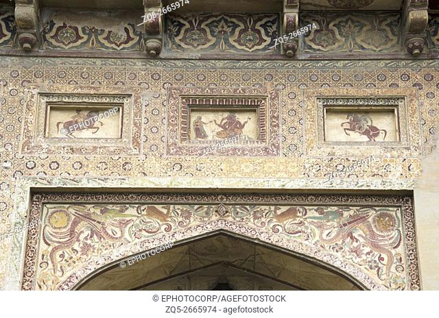 Close up view of painted entrance of Datia Palace, also known as Bir Singh Palace or Bir Singh Dev Palace. Madhya Pradesh, India