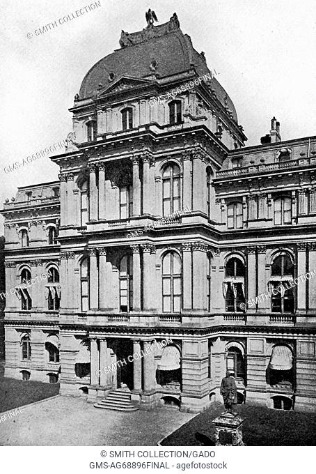 An exterior photograph of Old City Hall, it housed the city council from 1865 until 1969 when a new complex was constructed
