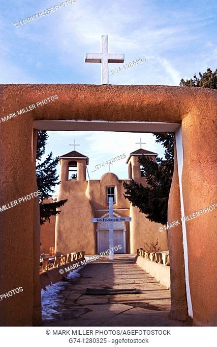 San Francisco de Asis Church, Taos, New Mexico, USA