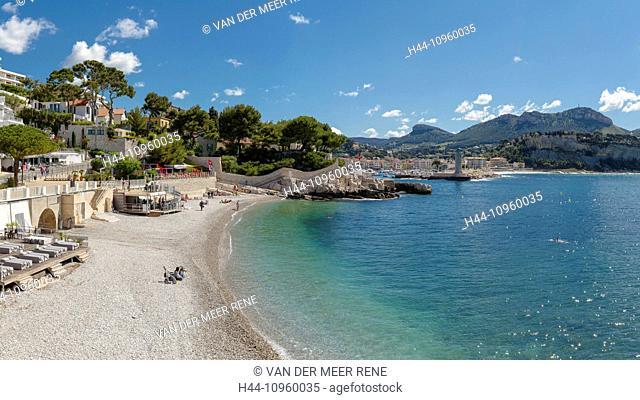 Plage du Bestouan, landscape, water, spring, beach, sea, people, Cassis, Bouches du Rhone, France, Europe