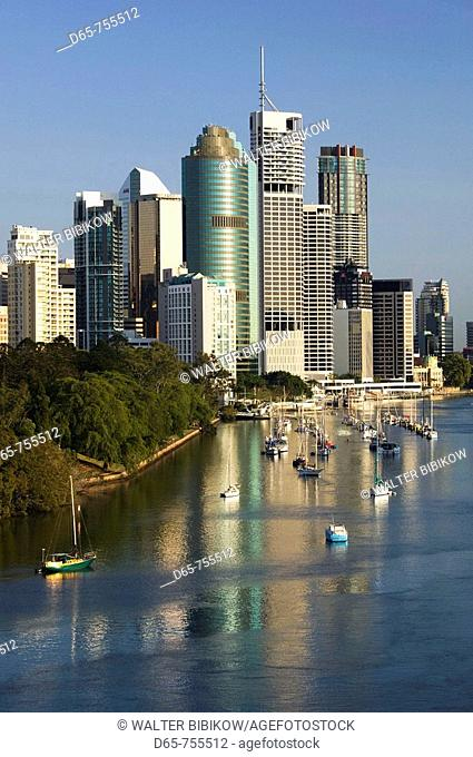 Australia - Queensland - Brisbane: Central Business District viewed from Kangaroo Point in the morning